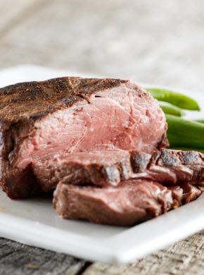 Filetto di manzo di bisonte con salsa di scalogno e senape immagine dell'articolo