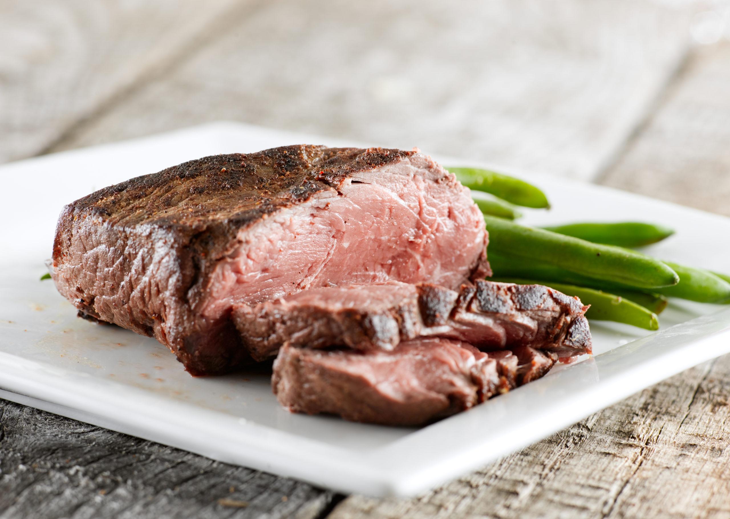 bélszín steak zöldbabbal