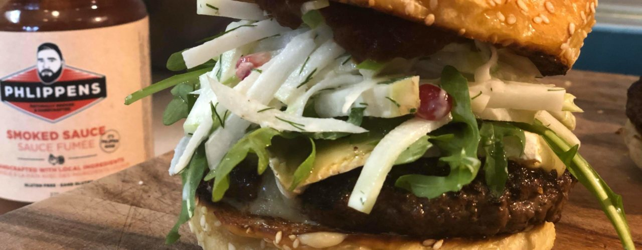 Peppery Bison Brie Burger met Koolrabi & Appelsla article image