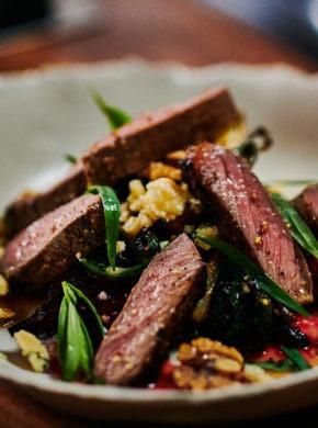 Warme Bison Steak Salade artikel afbeelding